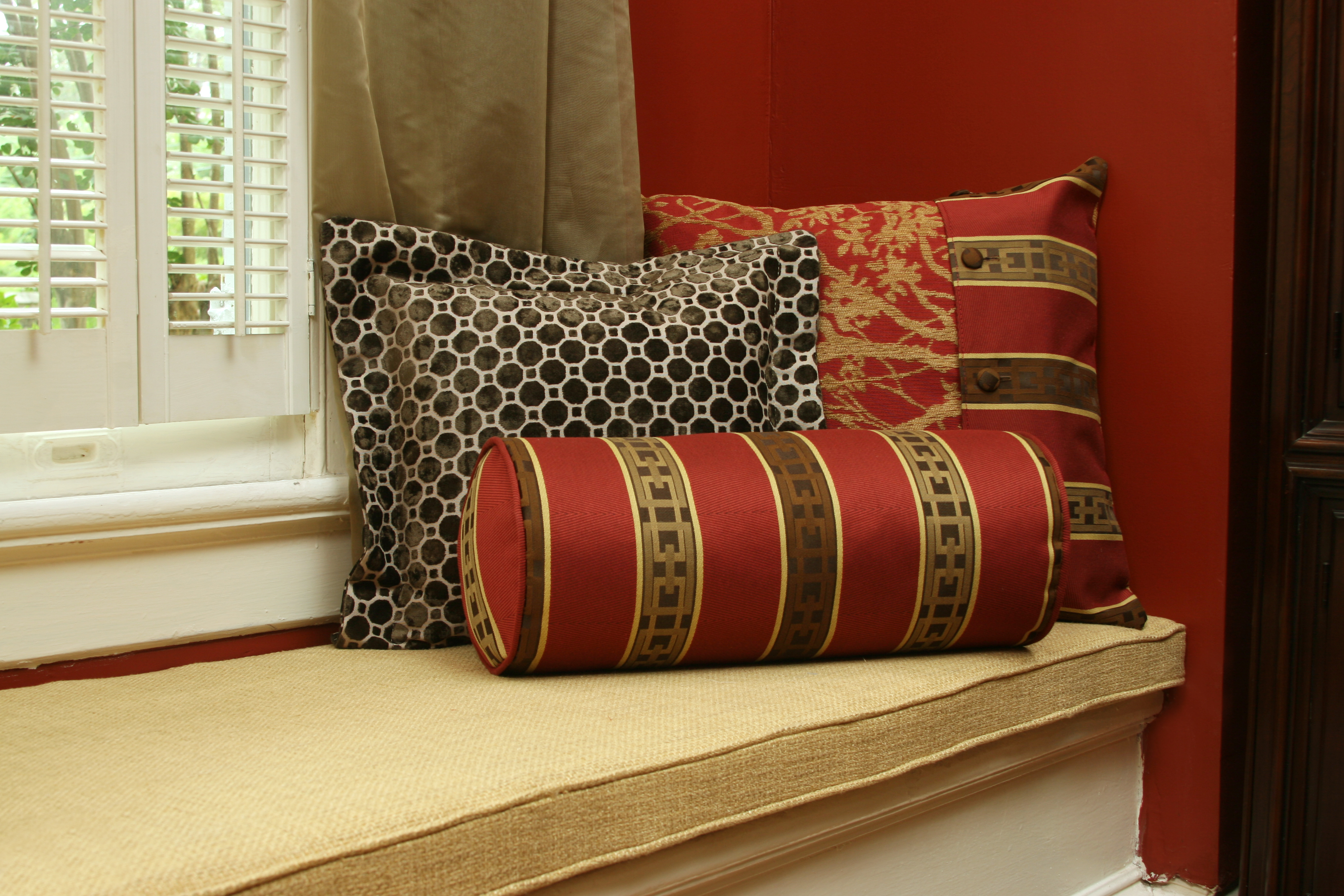 6 custom designer pillows to accent your home