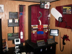 A presentation on bacteria is part of the mobile museum.