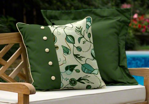 Your guide to green fabric: The year's hottest shades